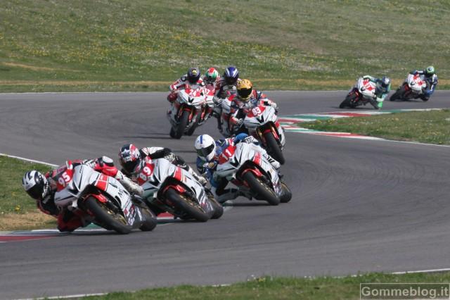 Yamaha R6 CUP 2012: Biliotti espugna il Mugello 2
