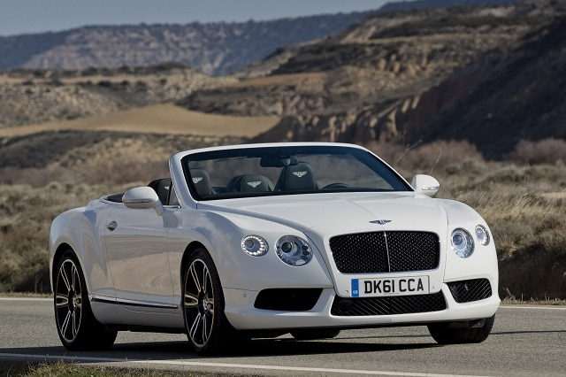 Bentley Continental GTC V8 al Salone di Ginevra 2012