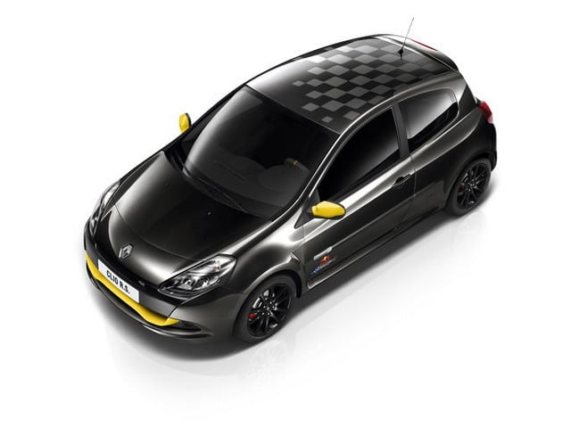 Renault Clio RS Red Bull Racing RB7: in città come in F1