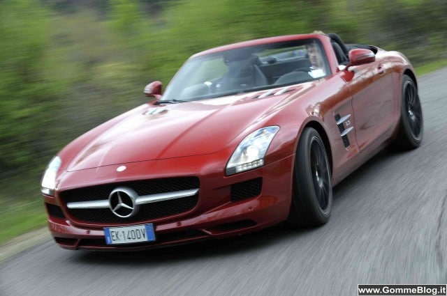 Auto Roadster Mercedes: SLS, SL, SLK