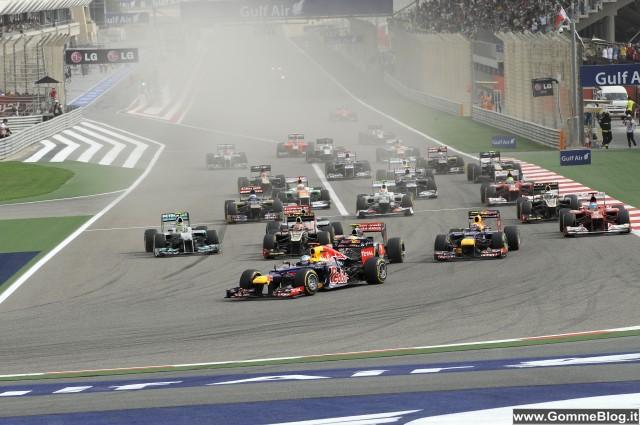 Formula 1 GP Bahrain 2012: Vettel davanti a tutti grazie anche all'ottima strategia gomme