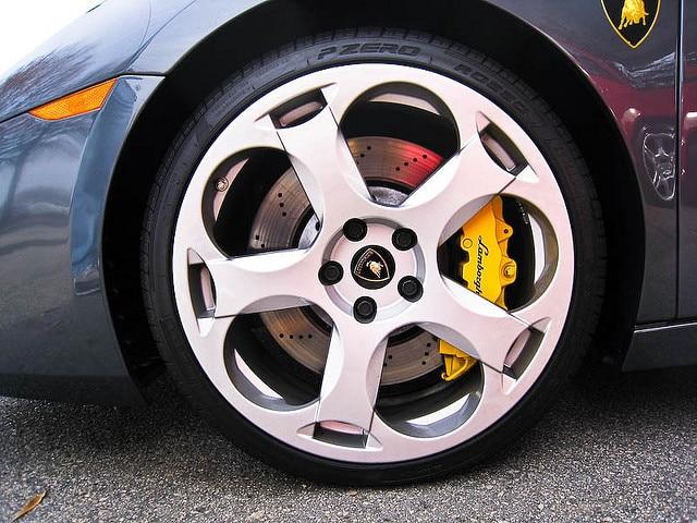 Pirelli P Zero Rosso 1