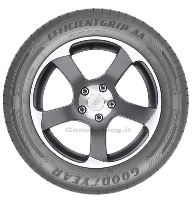 Goodyear EfficientGrip AA Edition