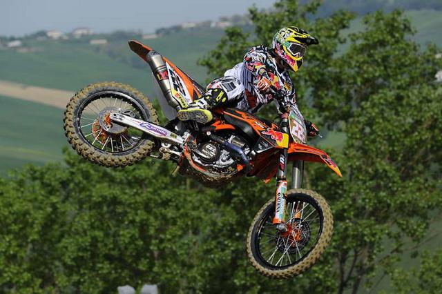 Pneumatici moto Pirelli Scorpion MX protagonisti del Gran premio d'Italia di motocross