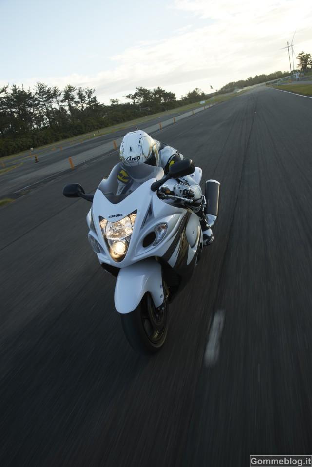 Nuova Suzuki Hayabusa 2013: l'evoluzione nel segno della tradizione 2