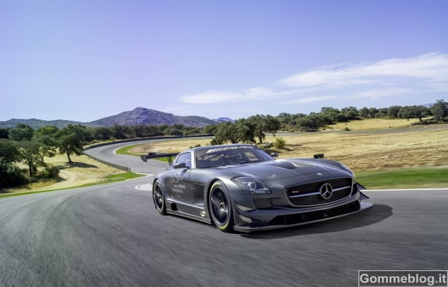 """Mercedes SLS AMG GT3 """"45th ANNIVERSARY"""": per veri Collezionisti"""