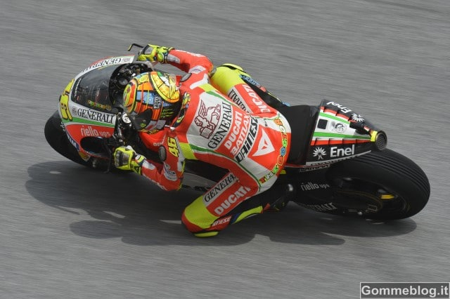 MotoGp Malesia: Rossi migliora sul passo, Hayden ottiene la 3° fila