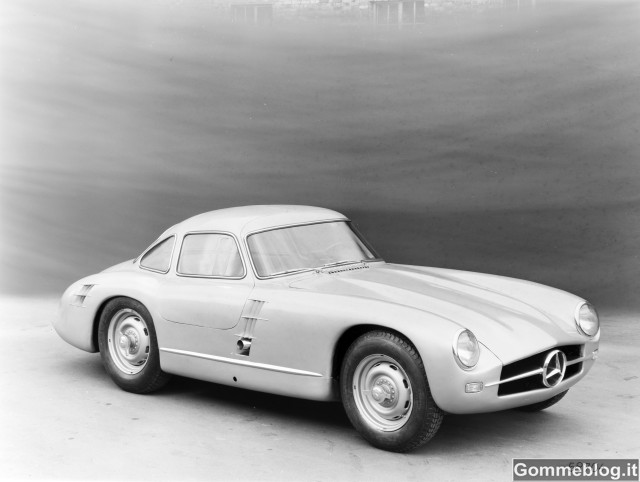 Mercedes-Benz SL: 60 anni sulle 'Ali di Gabbiano' 2