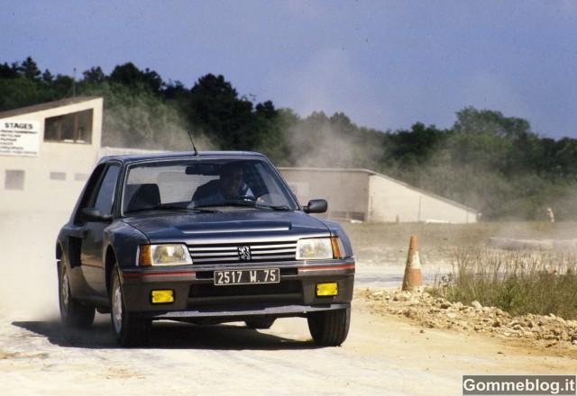 """Peugeot a """"Auto e Moto d'Epoca"""": dalla 205 T16 alla nuova 208"""