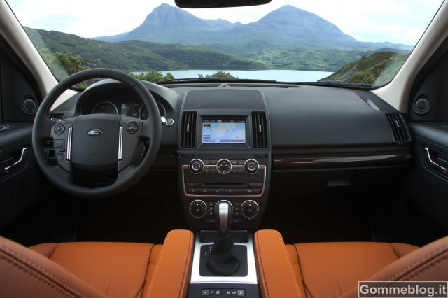 Land Rover Freelander 2 - 35