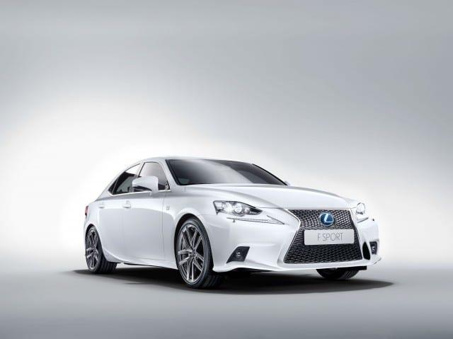 lexus-presenta-nuova-is-hybrid-0000005383-lexus-is-fsport