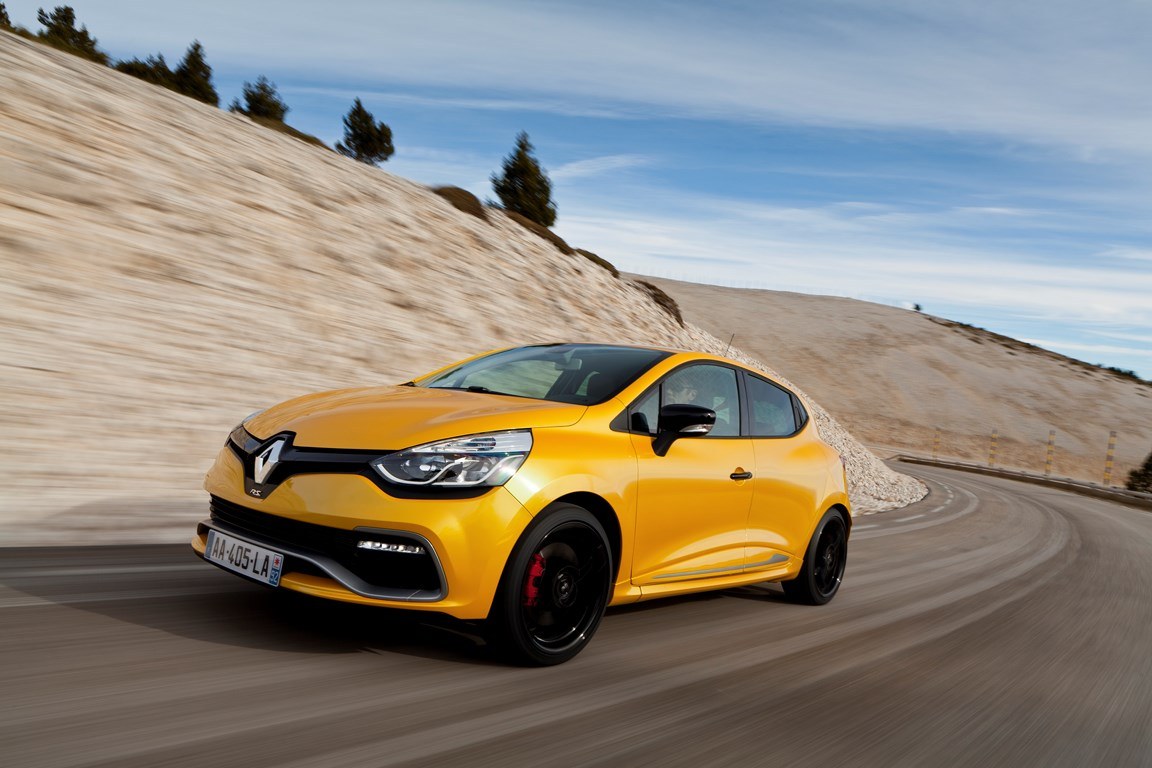 Nuova Renault Clio R.S. 200 EDC, praticità e sportività
