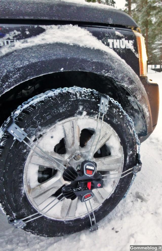 Catene da neve Thule e Land Rover tornano dal Circolo Polare