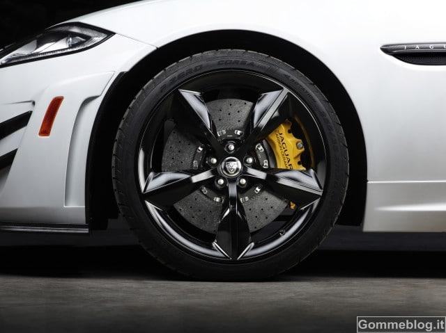 Jaguar XKR-S GT - 10
