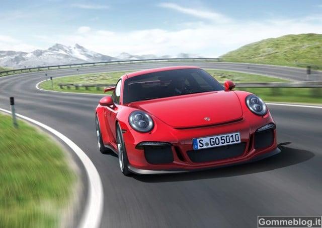 Nuova Porsche 911 GT3: 475 CV di puro divertimento