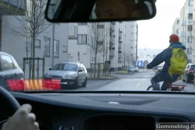 Volvo Cyclist Detection: frenata automatica completa ... sempre 10