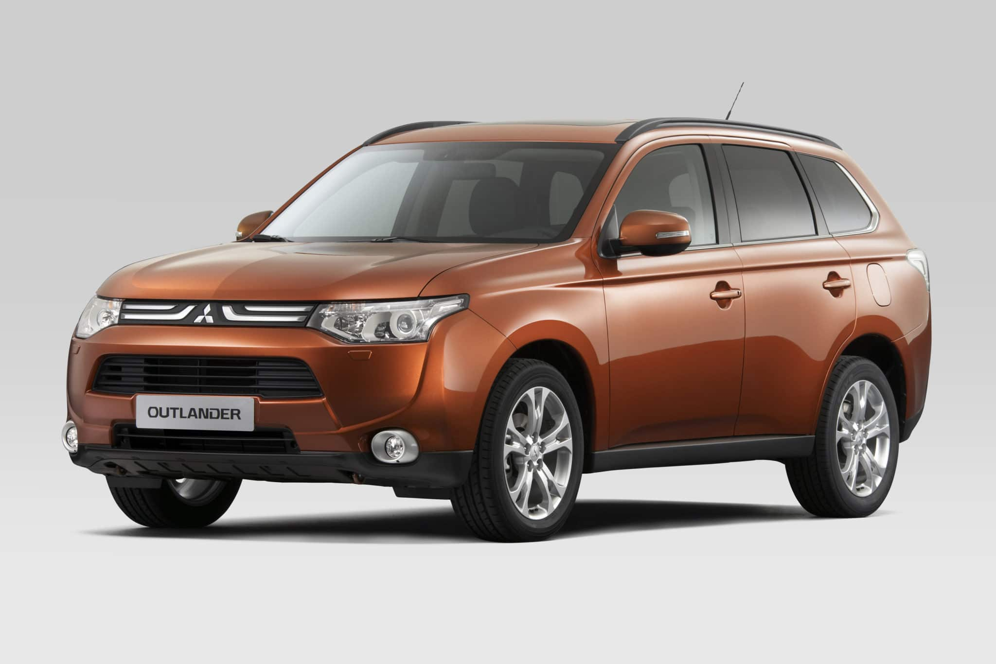 Nuovo Mitsubishi Outlander BI-FUEL benzina/gpl: ecco il nuovo listino prezzi