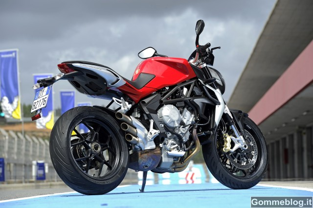 Gomme Moto Michelin 2015: 6 nuovi pneumatici hypersport e pista