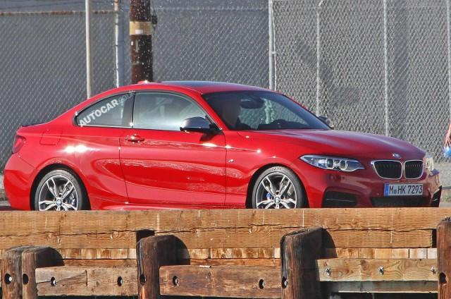 BMW-m-235i-01