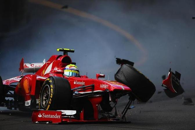 F1 Montecarlo: Incidente Massa. Ferrari distrutta
