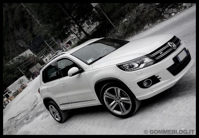 Immagini VW Tiguan R-Line 2.0 TDI 4Motion DSG