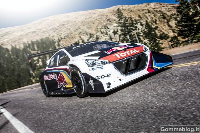 Sébastien Loeb e la 208 T16 polverizzano il record della Pikes Peak [VIDEO – FOTO]