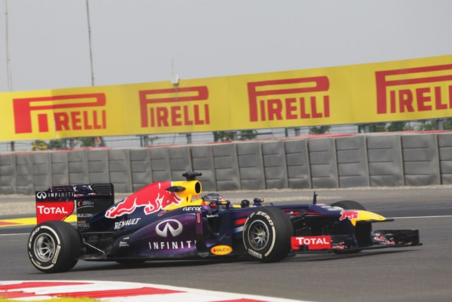 2013-Indian-GP-Friday-S-Vet
