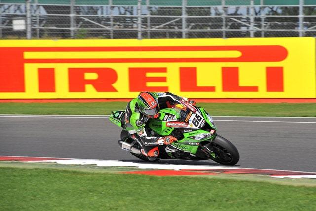 Gomme Moto: Pirelli pronta per la stagione racing 2014