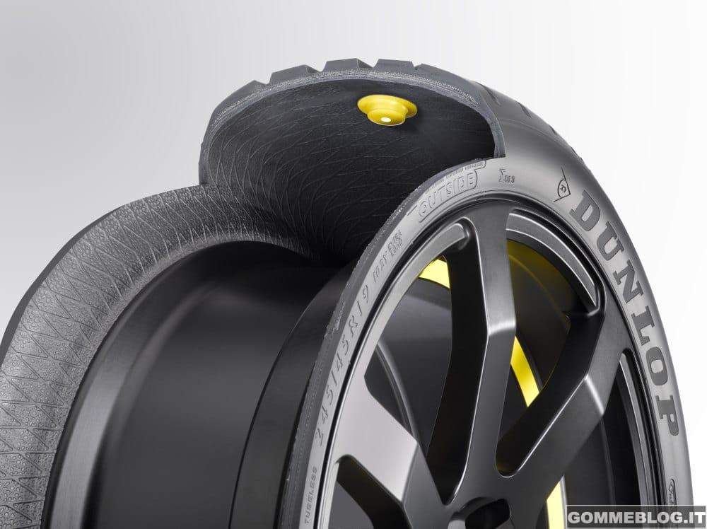 Goodyear Dunlop svela lo pneumatico intelligente al Salone dell'Auto di Ginevra