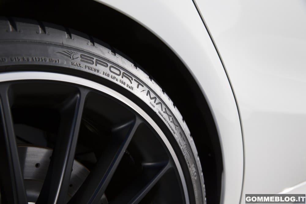 Pneumatici Mercedes-Benz: la nuova CLA 45 AMG monta gomme Dunlop
