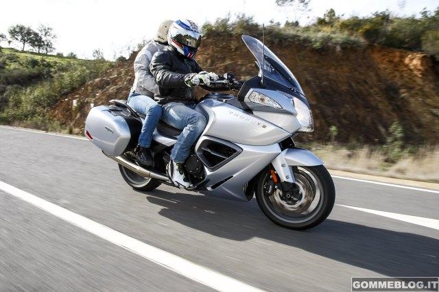 Michelin-Pilot-Road-4-GT_1