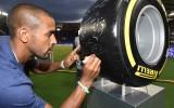 Pirelli F1: all'asta lo pneumatico Autografato dai campioni di calcio