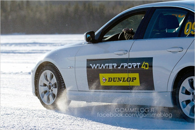Dunlop-SP-WinterSport-4D-go