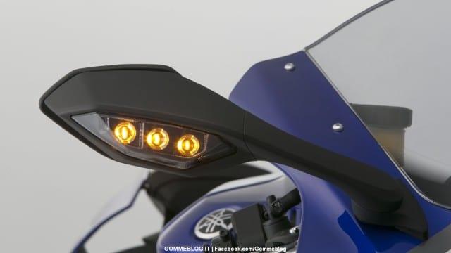 Yamaha-R1-2015-18