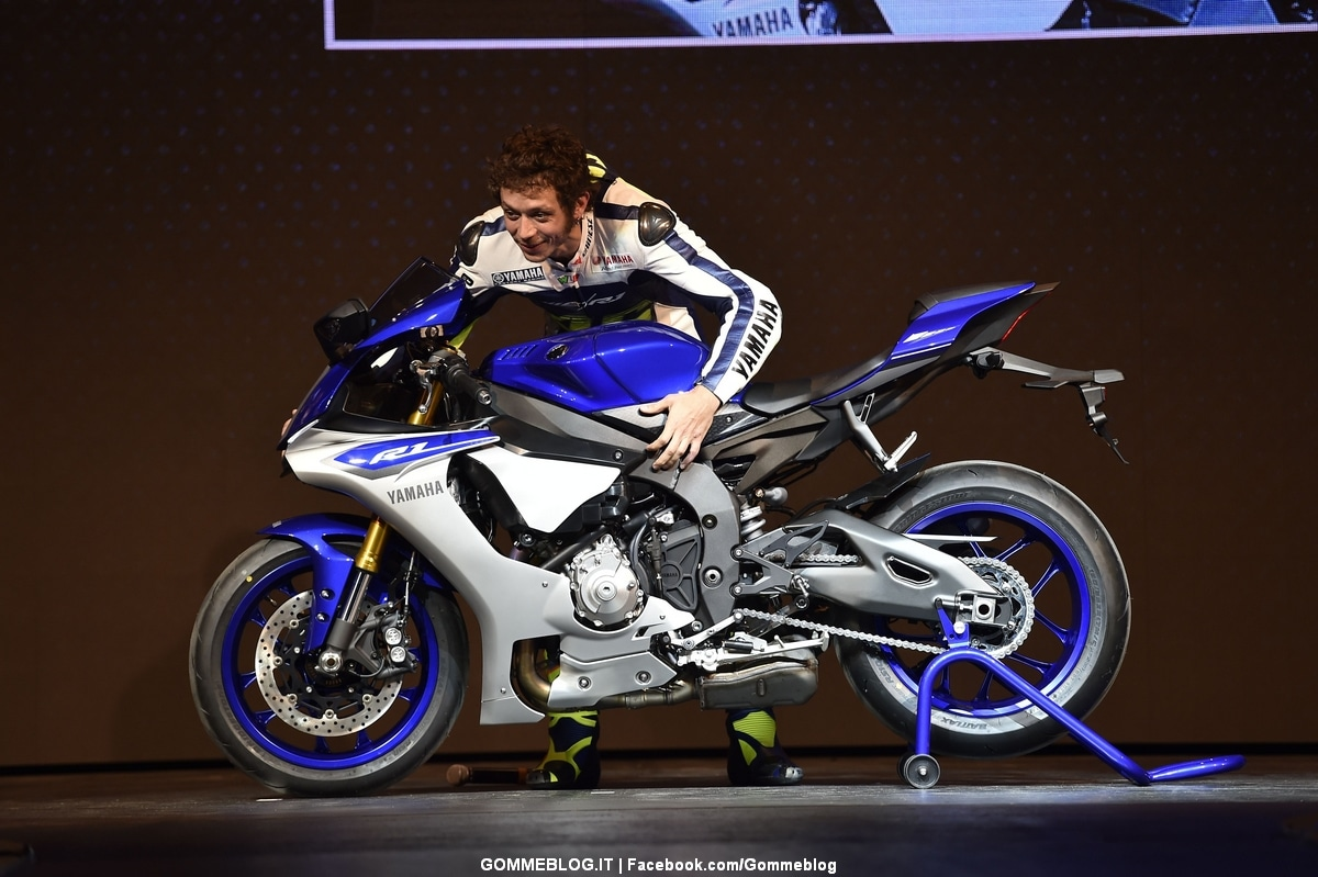 Nuove Yamaha R1 e R1M 2015: Foto Gallery