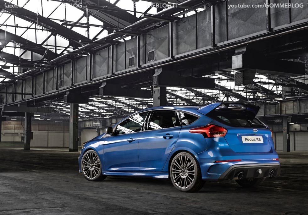 Ford Focus RS: oltre 320 cavalli e trazione integrale 10