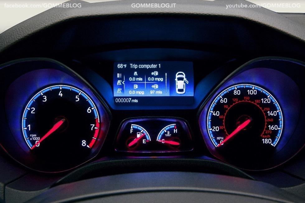 Ford Focus RS: oltre 320 cavalli e trazione integrale 6