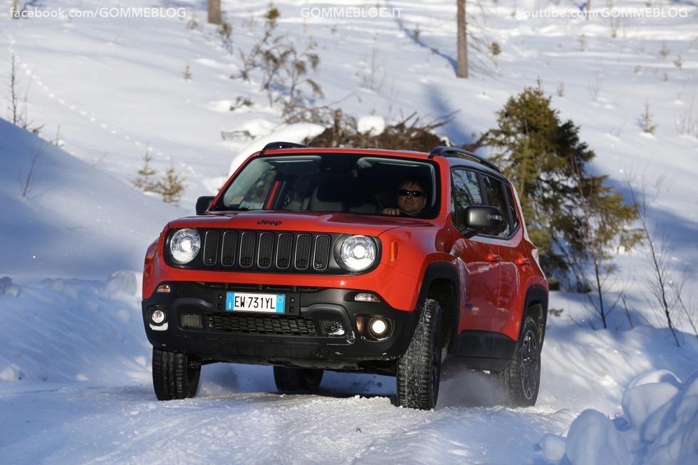 Jeep Renegade Sport TEST DRIVE NEVE e GHIACCIO 2