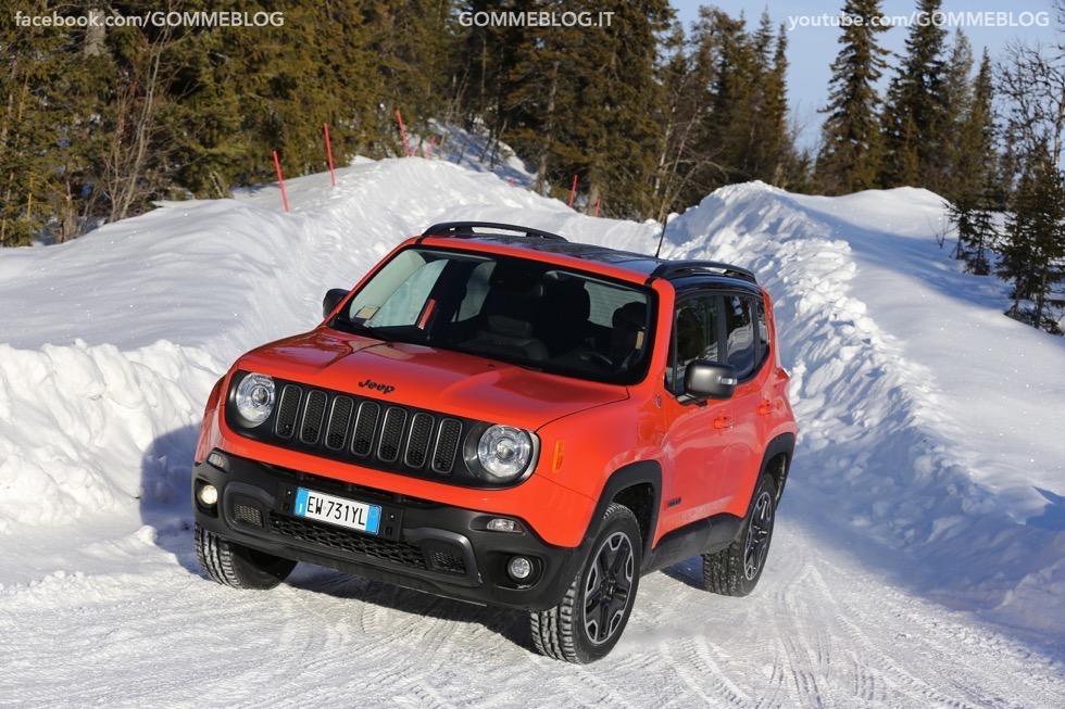 Jeep Renegade Sport TEST DRIVE NEVE e GHIACCIO 3