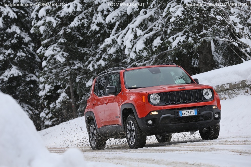 Jeep Renegade Sport TEST DRIVE NEVE e GHIACCIO 8