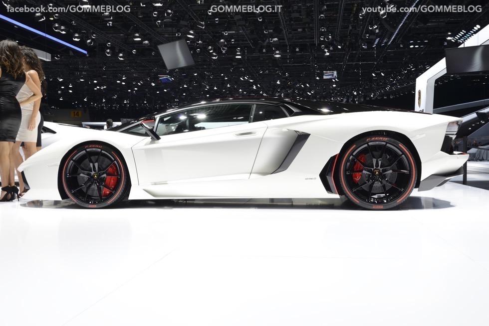 Supercar e Pirelli Salone di Ginevra 2015 [GALLERIA IMMAGINI] 48