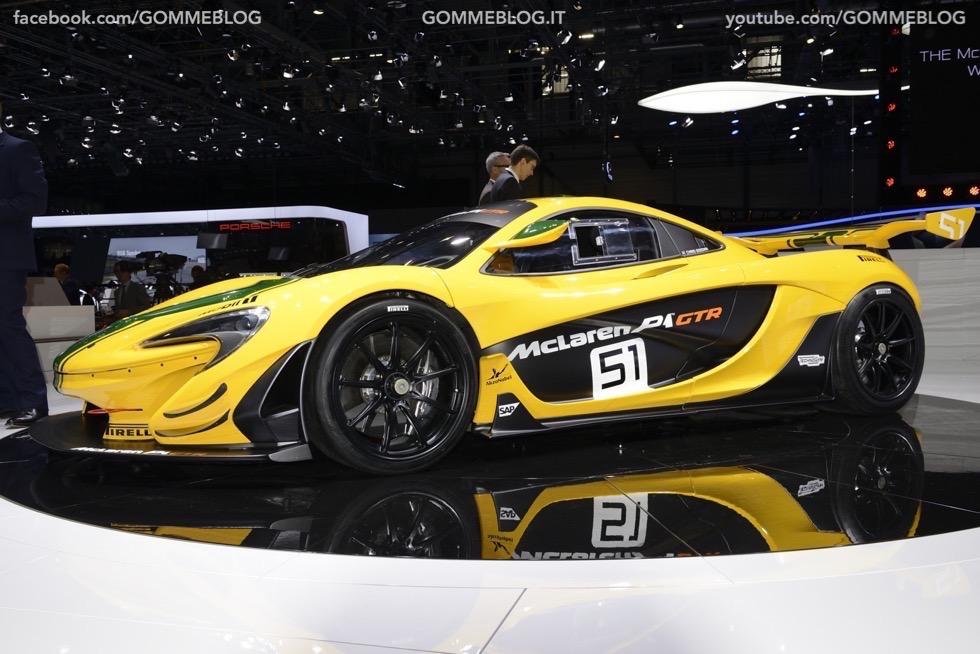 Supercar e Pirelli Salone di Ginevra 2015 [GALLERIA IMMAGINI] 45