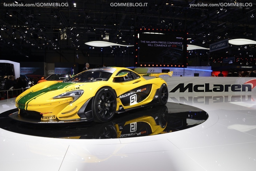 Supercar e Pirelli Salone di Ginevra 2015 [GALLERIA IMMAGINI] 44