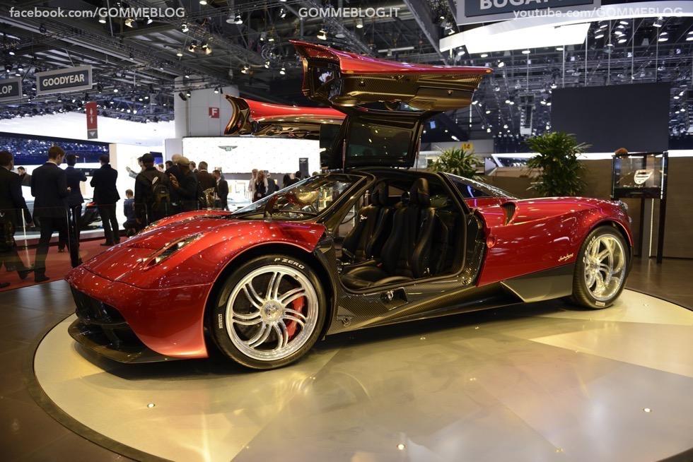 Supercar e Pirelli Salone di Ginevra 2015 [GALLERIA IMMAGINI] 43