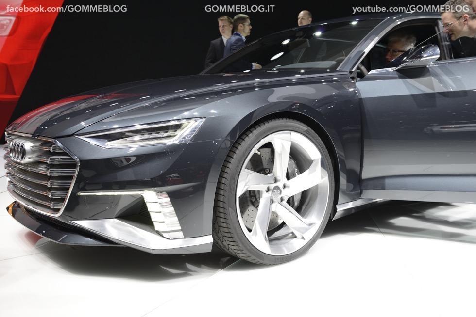 Supercar e Pirelli Salone di Ginevra 2015 [GALLERIA IMMAGINI] 30