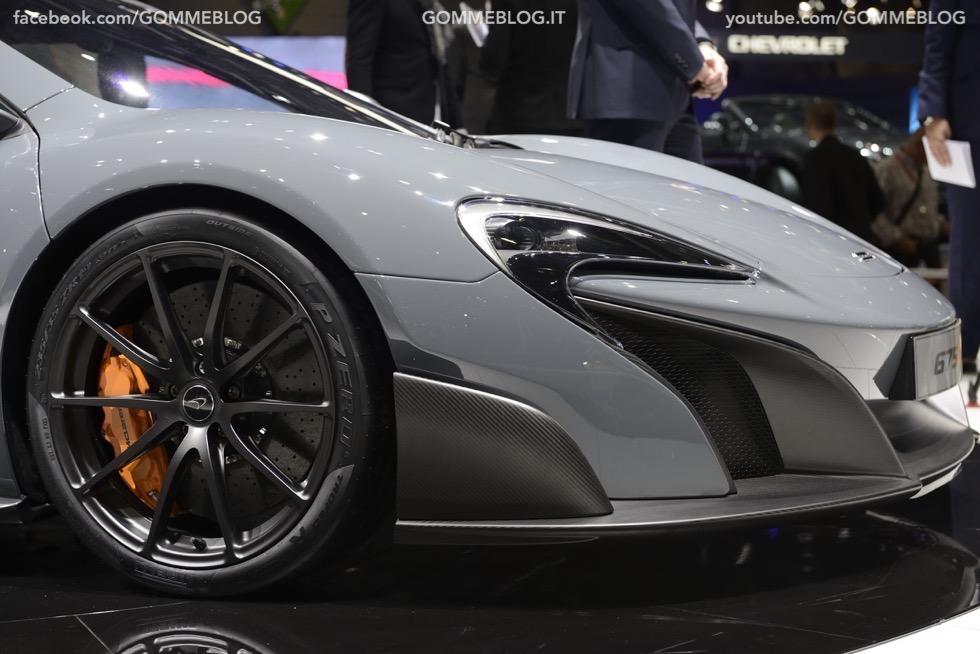 Supercar e Pirelli Salone di Ginevra 2015 [GALLERIA IMMAGINI] 4