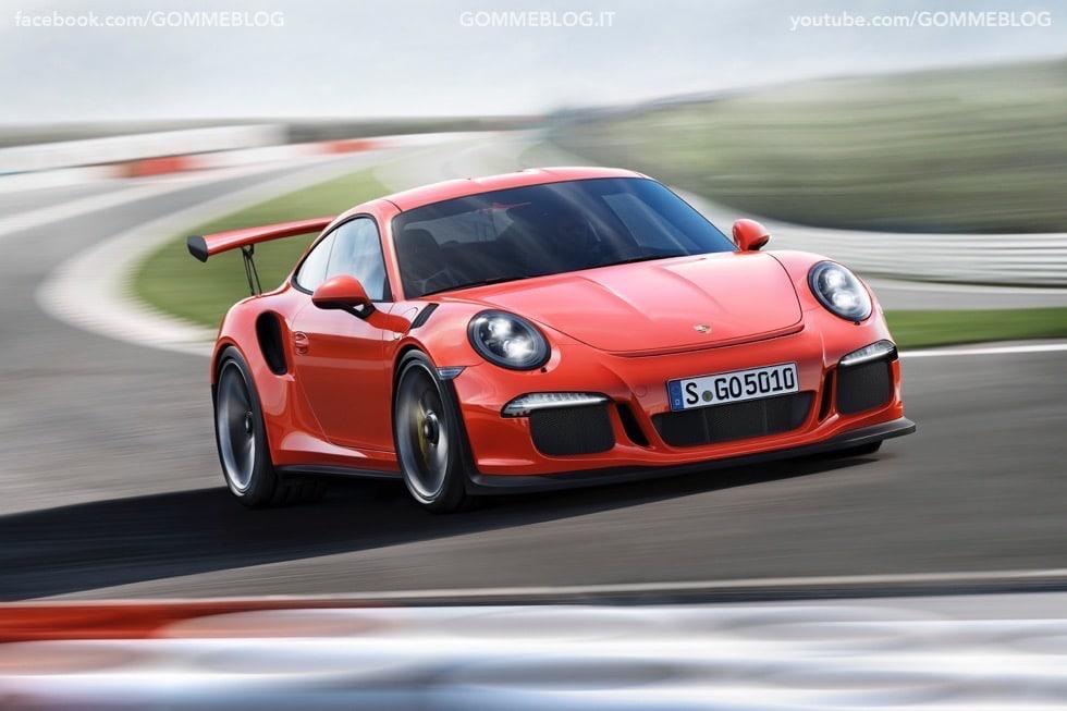 Nuova Porsche 911 GT3 RS: la Regina torna un Pista 3