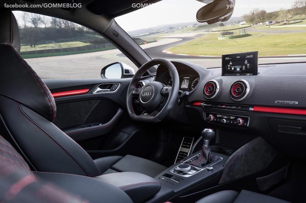 Nuova Audi RS 3 Sportback – La GALLERIA IMMAGINI COMPLETA 40