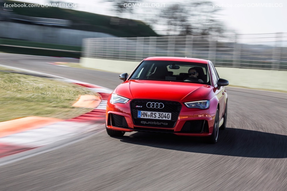 Nuova Audi RS 3 Sportback – La GALLERIA IMMAGINI COMPLETA 23