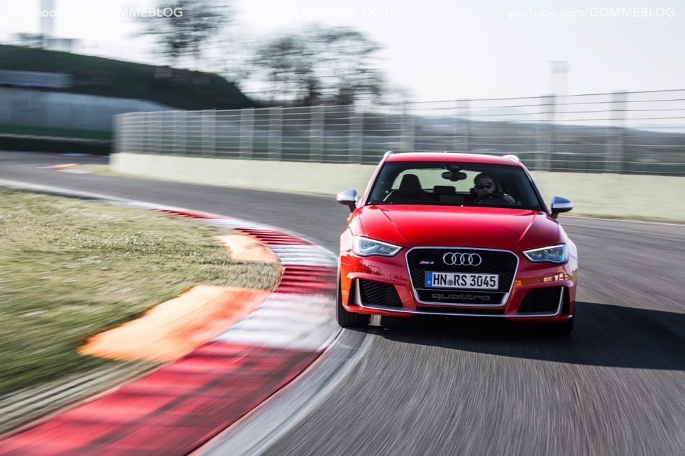Nuova Audi RS 3 Sportback – La GALLERIA IMMAGINI COMPLETA 25